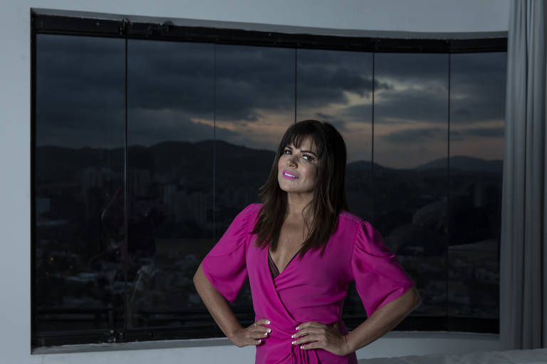 Retrato da apresentadora e cantora Mara Maravilha, mudou de função dentro do programa Fofocalizando, do SBT