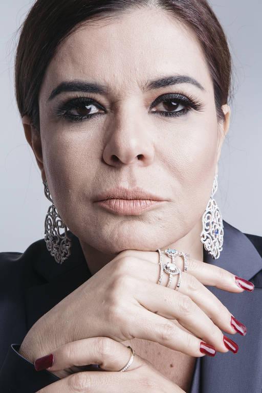 Imagens da apresentadora Mara Maravilha