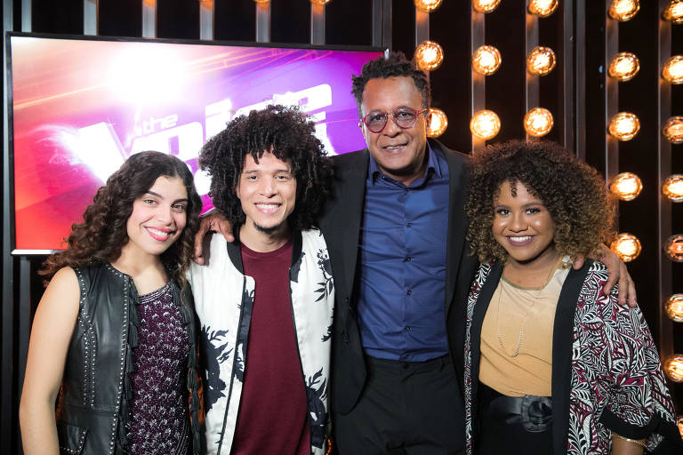 Finalistas do The Voice, da esq. para a dir.:  Lúcia Muniz (Lulu), Willian Kessley (Ivete), Tony Gordon (Teló) e Ana Ruth (Iza)