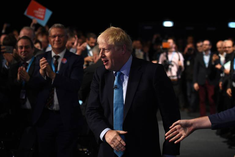 O primeiro-ministro Boris Johnson na conferência anual do Partido Conservador, em Manchester