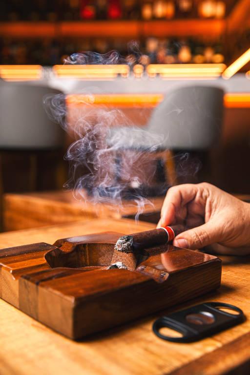 Veja fotos da churrascaria Fogo de Chão