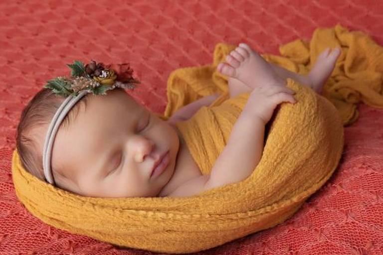 Indy Pearl nasceu por cesariana, pesando 2,8 kg