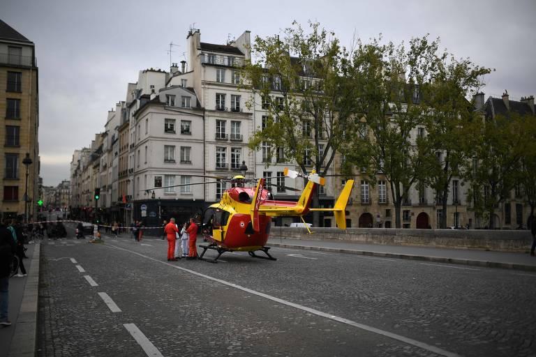 Ataque ao comando da polícia em Paris