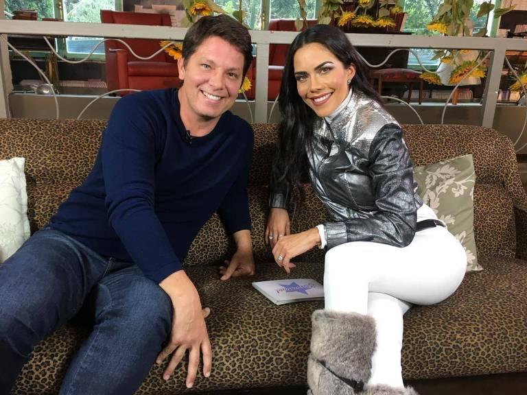 Mário Frias é entrevistado por Daniela Albuquerque no programa Sensacional