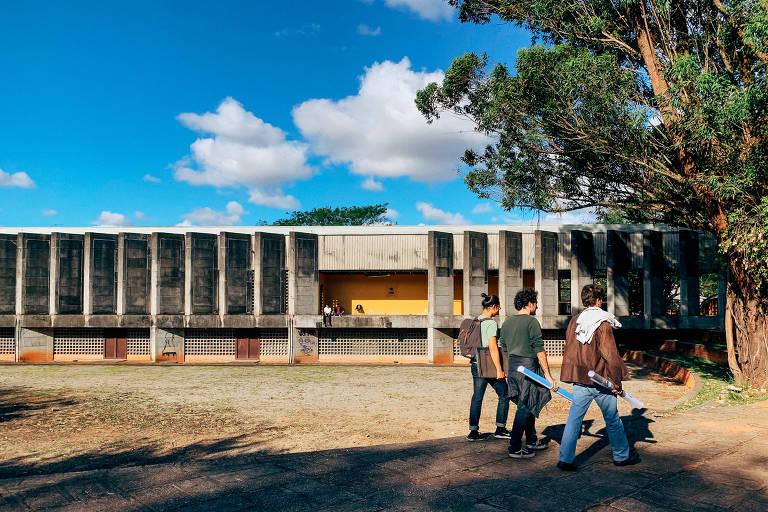 Prédio da Faculdade de Arquitetura e Urbanismo da USP, em São Paulo