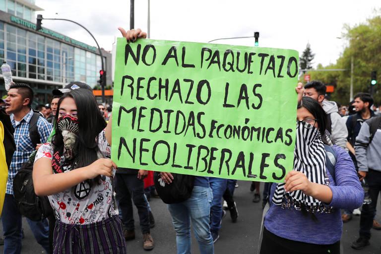 Segundo dia de protestos no Equador contra aumento de preços dos combustíveis