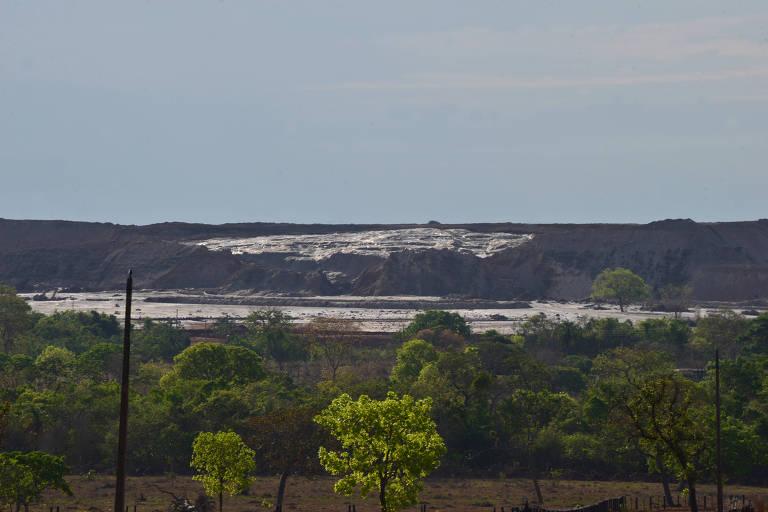 Vista da lama do acidente ocorrido em 01/10/2019 na barragem TB01 da mineradora  V.M, em Nossa Senhora do Livramento, Mato Grosso. Cerca de 37 famílias ficaram sem luz e isoladas na região