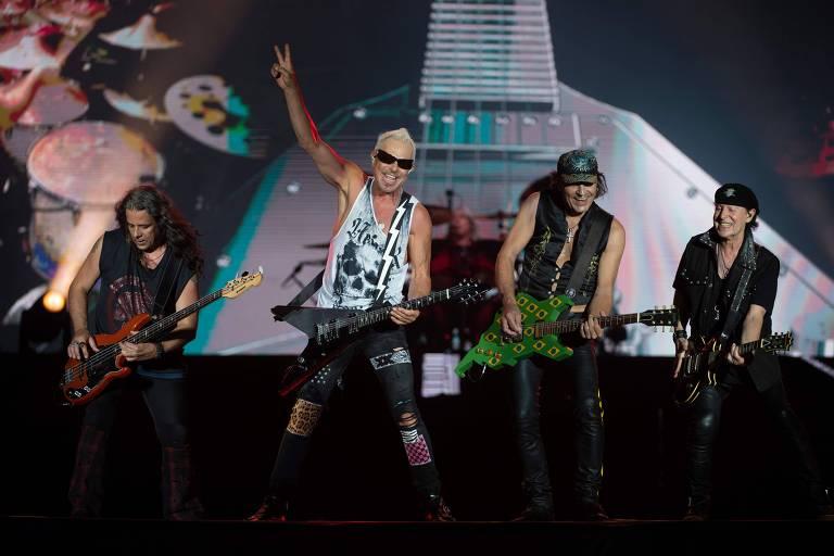 Pawel Maciwoda, Rudolf Schenker, Klaus Meine e Matthias Jabs, da banda Scorpions durante apresentação no Rock in Rio