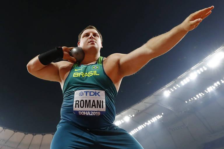 Darlan Romani durante o Mundial de atletismo em Doha, no Qatar