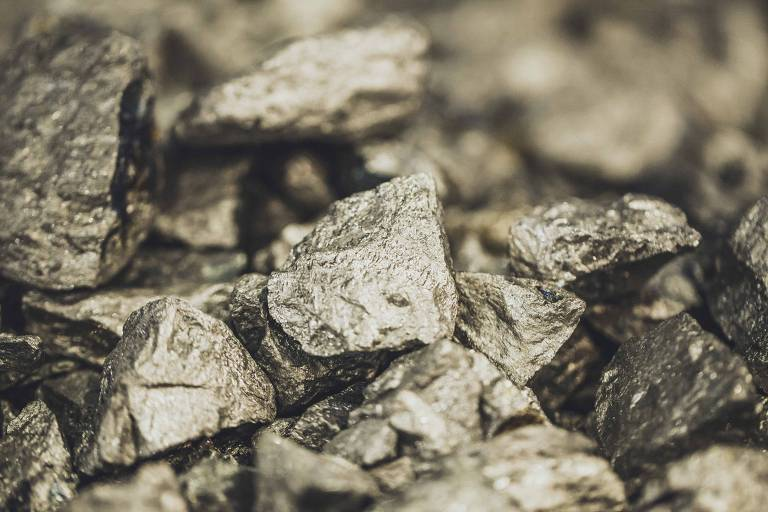 Ferronióbio, principal produto da CBMM, empresa do clã Moreira Salles que explora nióbio