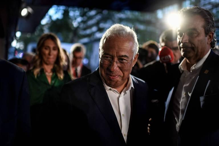 O premiê de Portugal António Costa chega a hotel em Lisboa