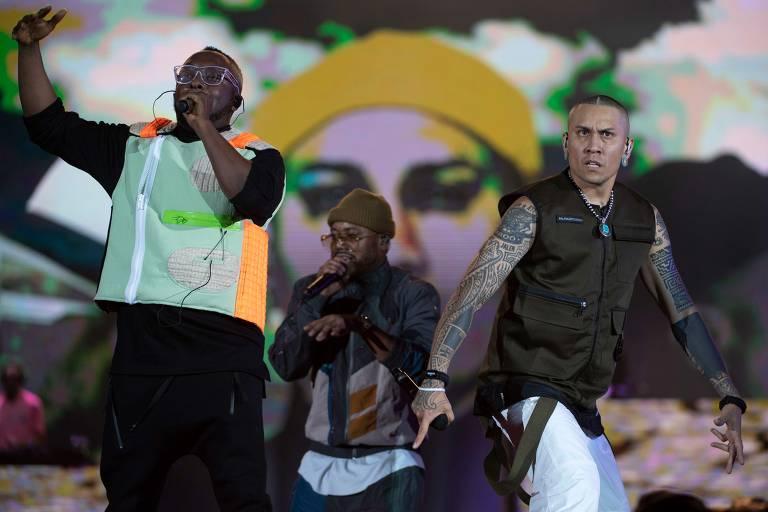 Os rappers Will.i.am, apl.de.ap e Taboo, do grupo americano The Black Eyed Peas, se apresentam durante o festival Rock in Rio no Parque Olímpico do Rio de Janeiro, Brasil