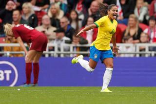 Women's International Friendly - England v Brazil