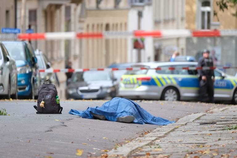 Ataque a tiros perto de sinagoga na Alemanha
