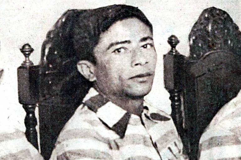 Volta Seca, cangaceiro integrante do bando de Lampião, fotografado em entrevista na penitenciária de Salvador; imagem publicada na revista O Cruzeiro, de 1944