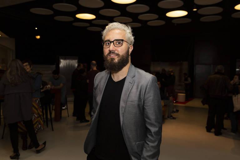 """O diretor André Canto em pré-estreia do seu documentário """"Carta para Além dos Muros"""", no Espaço Itaú da Augusta"""