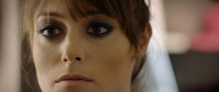 Confira imagens do filme 'Eu Sinto Muito'