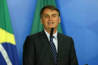 BOLSONARO / TELECOMUNICACOES