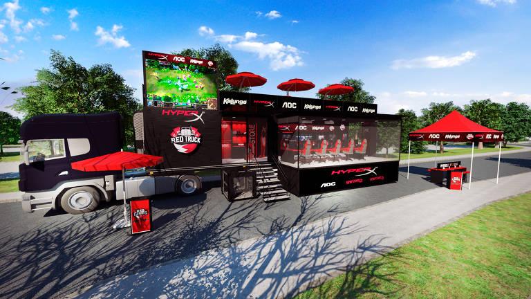 Caminhão com arena móvel da RED Canids
