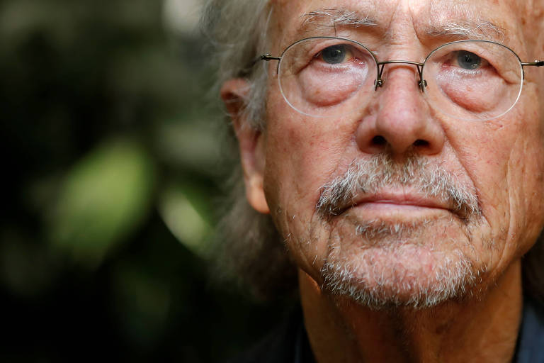 Peter Handke, que venceu o Nobel de Literatura nesta quinta (10)