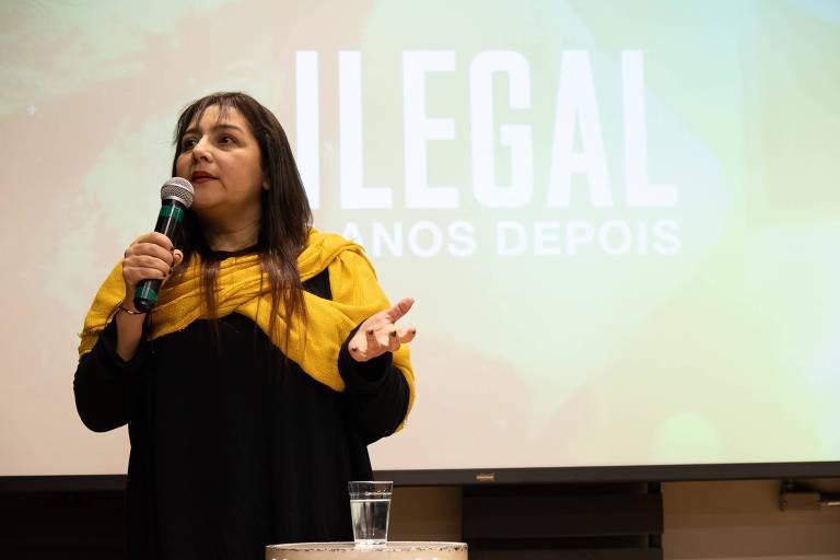 Cidinha Carvalho, líder da Associação Cultive, cultiva Cannabis em casa legalmente e extrai o óleo de canabidiol para sua filha, Clárian, diagnosticada com síndrome de Dravet