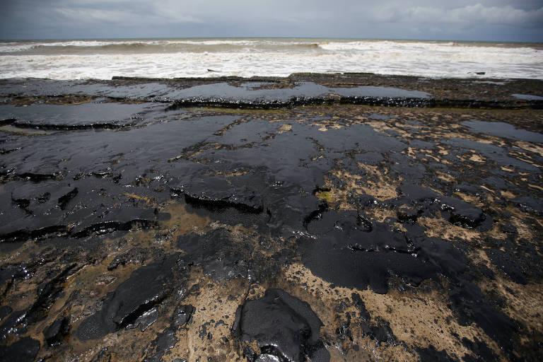 Manchas de óleo na Bahia e em Segipe