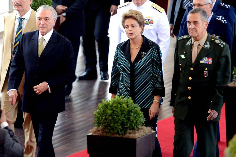 Este é o general Eduardo Dias da Costa Villas Bôas