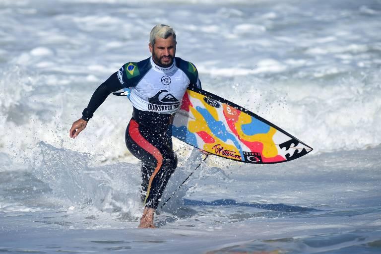 Italo Ferreira na etapa da França da Liga Mundial de Surfe