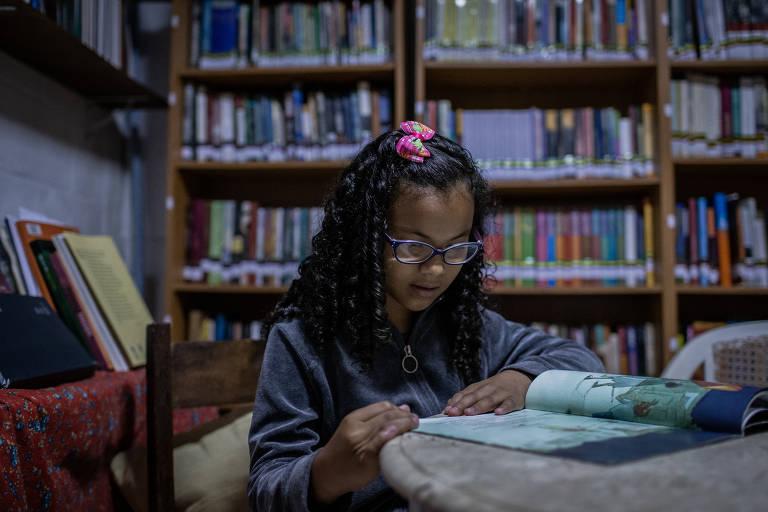Biblioteca Comunitária Caminhos da Leitura
