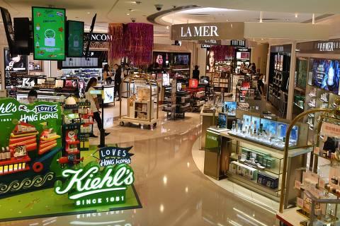 Dólar alto e mais importados no país limitam vantagem dos free shops
