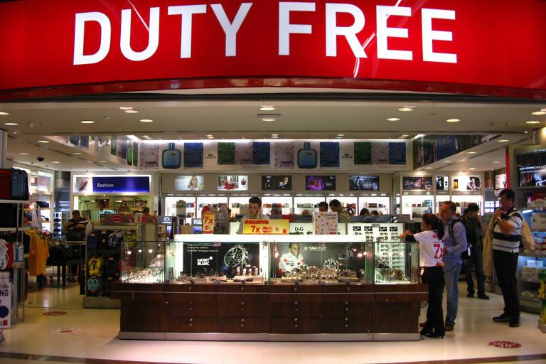 Duty Free Store (Free shop) in Guarulhos airport, SP. (Guarulhos, SP, 12.04.2011. Foto de Douglas Cometti/Folhapress) - Folhapress