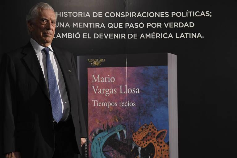O escritor peruano Mario Vargas Llosa durante lançamento da obra, em Madri
