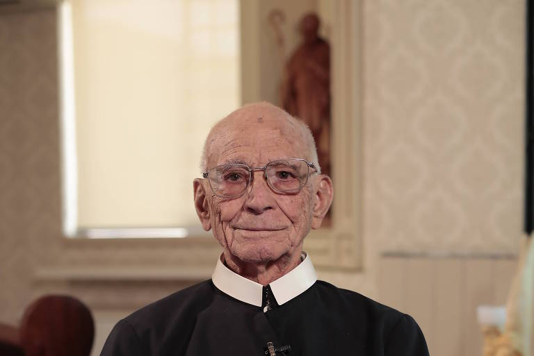 Padre Ângelo Licate