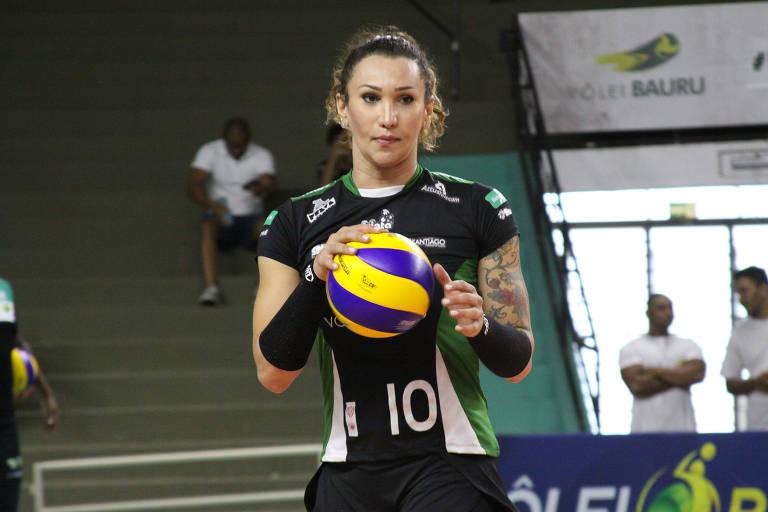 Tifanny Abreu se tornou a primeira mulher trans a atuar na Superliga feminina de vôlei, ao estrear pelo Bauru, em 2017