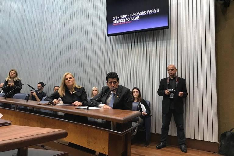 A deputada estadual Carla Morando (PSDB-SP) em reunião da CPI da Furp, na Assembleia Legislativa de São Paulo