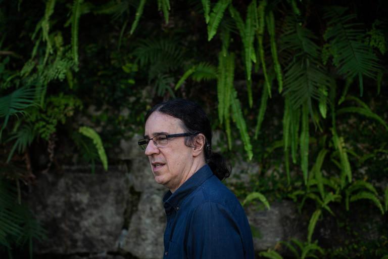 Veja fotos de Geraldo Carneiro, que lança tradução de 'Hamlet'