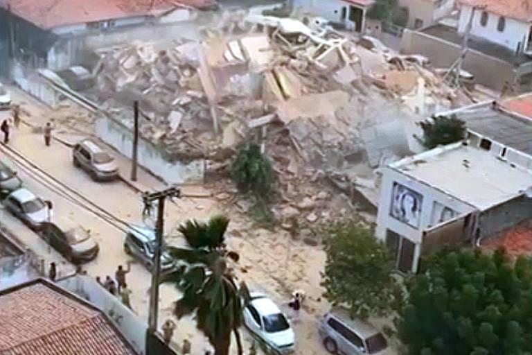 Prédio residencial de 7 andares desaba em Fortaleza
