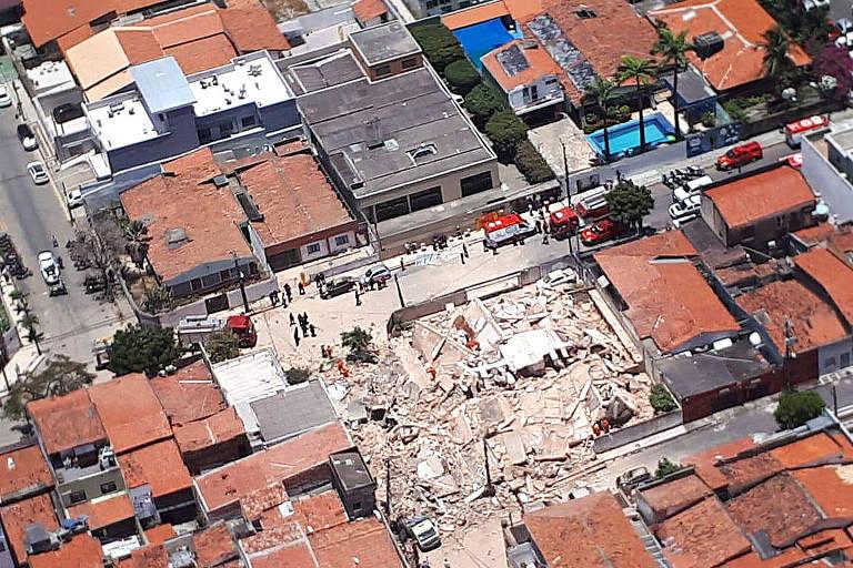 Prédio desaba em Fortaleza