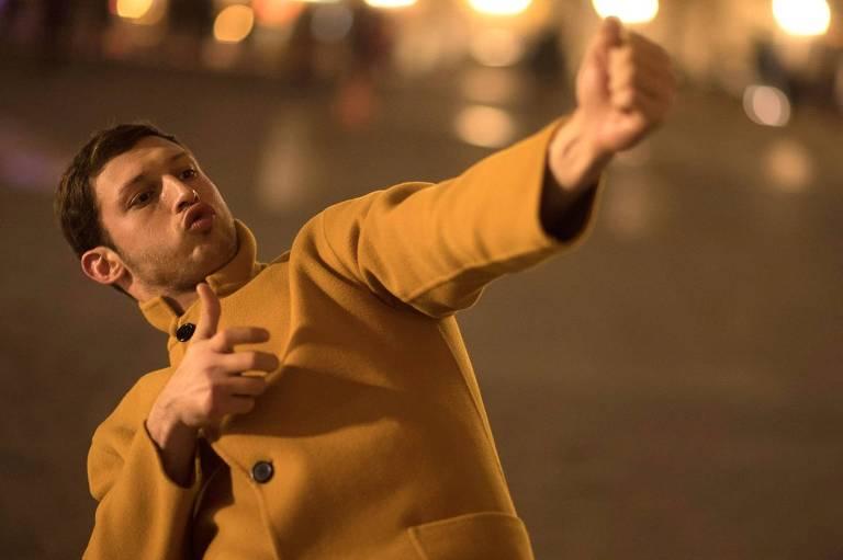 Tom Mercier em 'Sinônimos', de Nadav Lapid