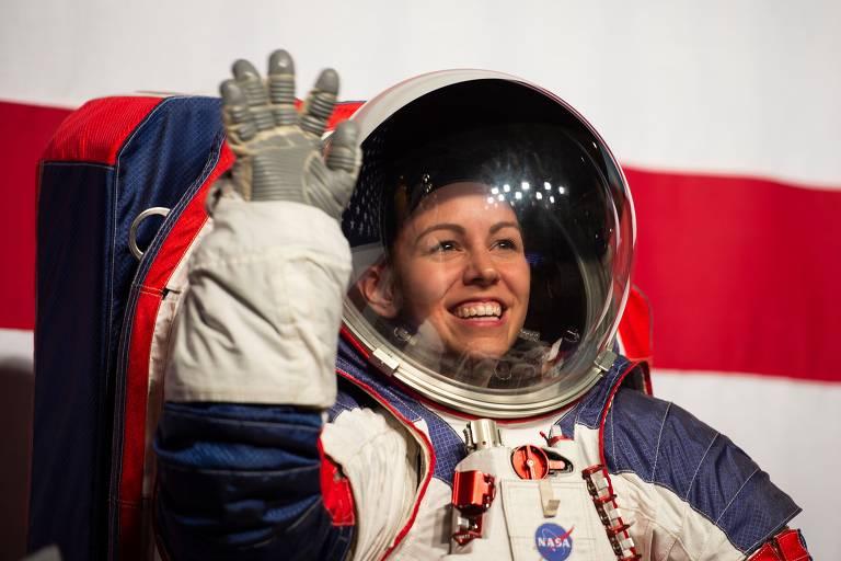 Nasa apresenta seus novos trajes espaciais para a Lua e além