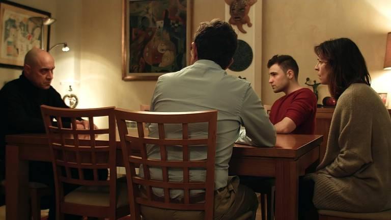 Cena do filme 'O Enigma da Rosa'