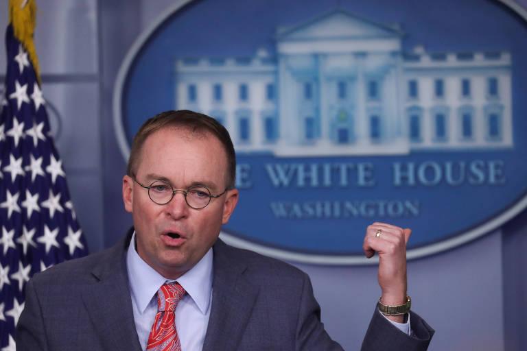 Chefe interino de gabinete da Casa Branca, Mick Mulvaney, em entrevista coletiva em Washington
