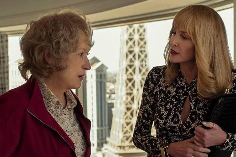 """Meryl Streep e Sharon Stone  em """"A Lavanderia"""" (2019), da Netflix"""