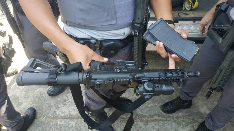 Apreensão de armas e carregadores dos envolvidos no assalto ao Aeroporto de Viracopos