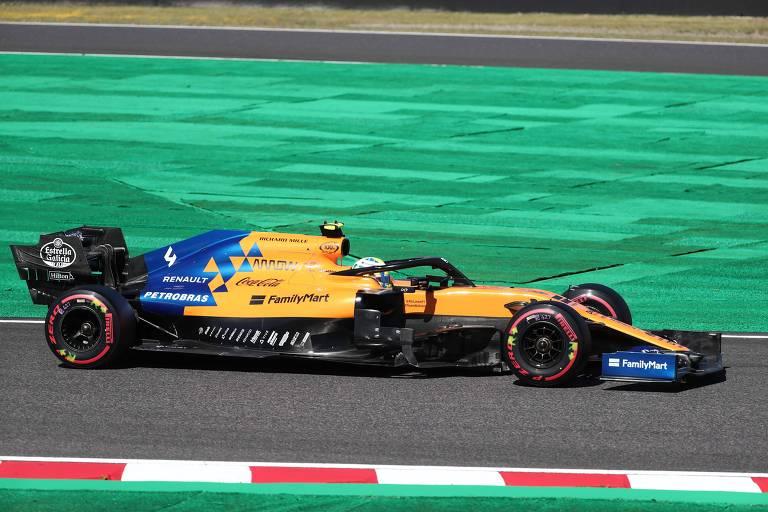 Carro da McLaren com o patrocínio da Petrobras no GP do Japão
