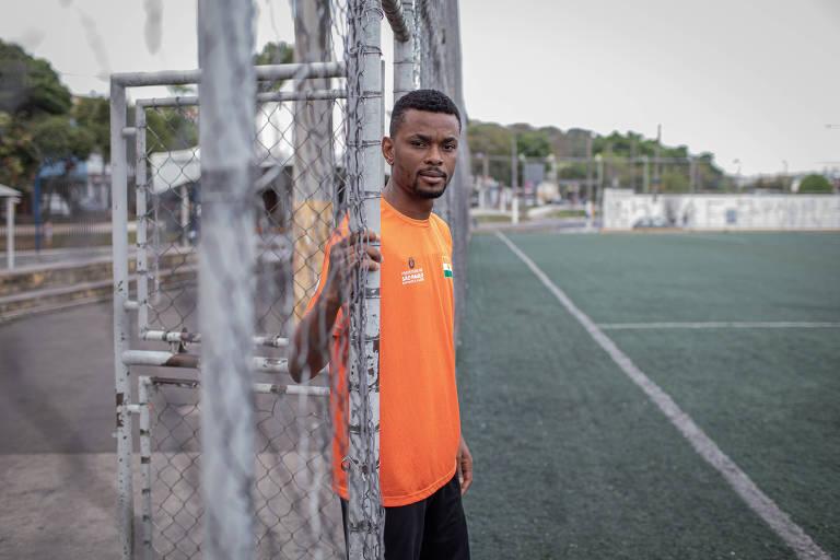 Hector Chukwudi Nwabia será o capitão da seleção de Níger para apresentação na final da Copa dos Refugiados