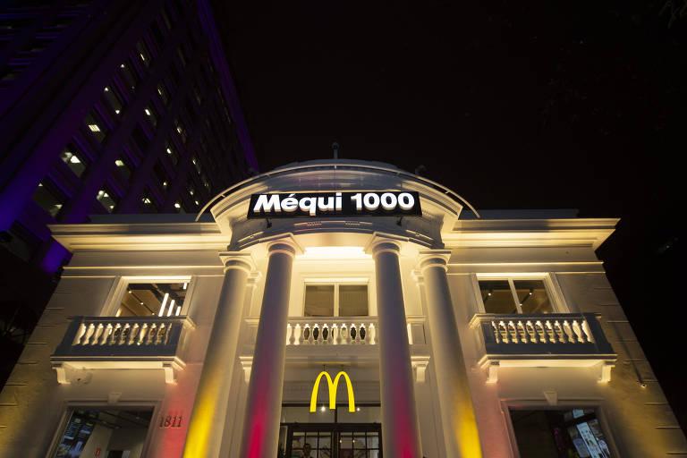 Fachada do Méqui 1000, a milésima loja do McDonald's no Brasil, em um casarão dos anos 1940 na avenida Paulista