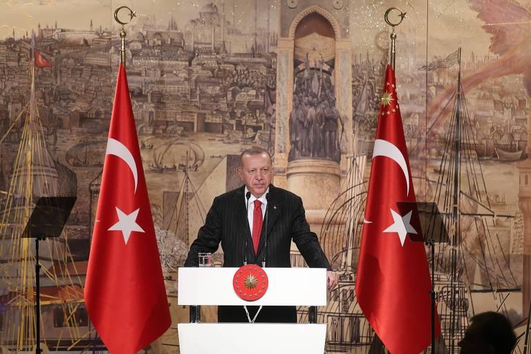 O mundo condena a guerra de Erdogan contra os curdos, mas a Turquia aplaude