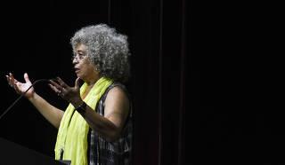 Ativista Angela Davis em SP