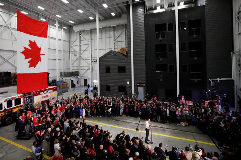O primeiro-ministro canadense, Justin Trudeau, em campanha para as próximas eleições, em Hamilton, Ontário